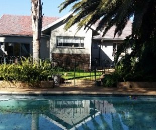 R 1,100,000 - 3 Bed House For Sale in Kempton Park