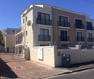 R 569,000 - 1 Bed Apartment For Sale in Wynberg