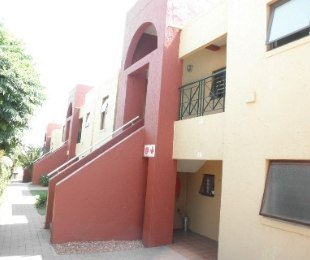 R 4,800 - 1 Bed Property To Let in Marais Steyn Park