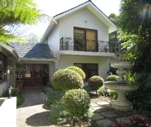 R 4,999,000 - 4 Bed House For Sale in Kenridge Heights