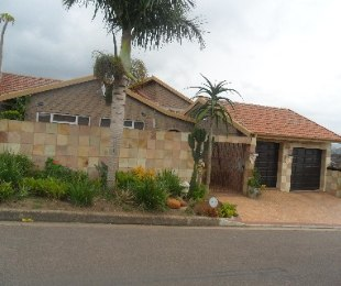 R 1,890,000 - 4 Bed Home For Sale in Asherville