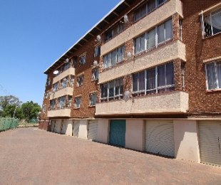 R 469,000 - 2.5 Bed Flat For Sale in Proclamation Hill