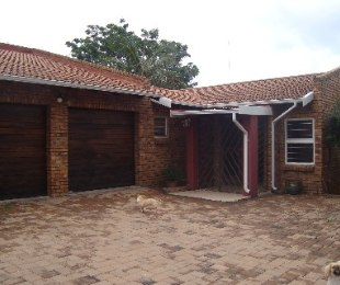 R 1,390,000 - 3 Bed Property For Sale in Faerie Glen
