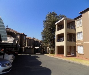 R 630,000 - 2 Bed Flat For Sale in Meredale