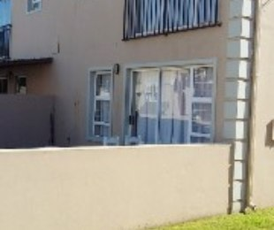 R 1,220,000 - 3 Bed Flat For Sale in Gordon's Bay Central