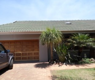 R 30,000 - 3 Bed Home To Let in Fourways