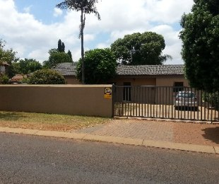 R 950,000 - 3 Bed House For Sale in The Orchards