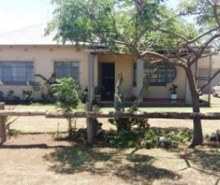R 930,000 - 3 Bed House For Sale in Kempton Park
