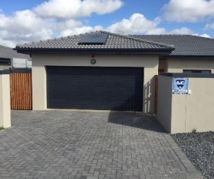 R 2,485,000 - 3 Bed Property For Sale in Brackenfell