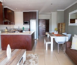 R 16,000 - 2 Bed Apartment To Rent in Bryanston East