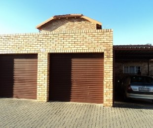 R 9,500 - 3 Bed Property To Rent in Randpark Ridge