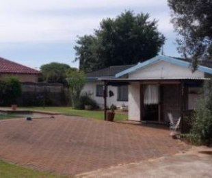 R 1,175,000 - 4 Bed Property For Sale in Norkem Park