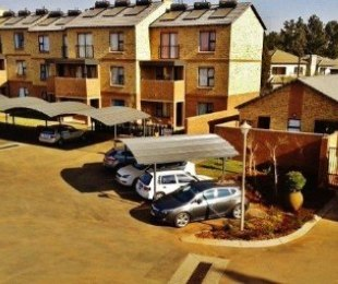 R 6,250 - 2 Bed Apartment To Let in Olympus