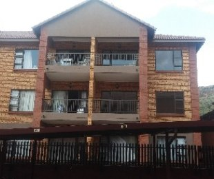 R 5,500 - 2 Bed Apartment To Rent in Krugersdorp