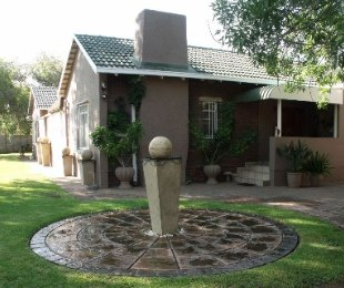 R 1,200,000 - 4 Bed House For Sale in Dagbreek