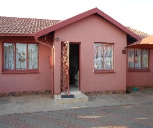 R 441,000 - 3 Bed Property For Sale in Soshanguve