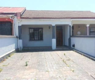 R 1,750,000 - 2 Bed Home For Sale in Woodstock