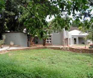 R 2,200,000 - 3 Bed Home For Sale in Westdene