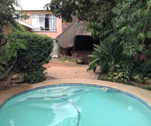 R 1,530,000 - 4 Bed House For Sale in Jan Cillierspark