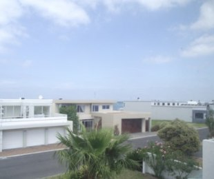 R 2,350,000 - 3 Bed House For Sale in Gordon's Bay Central