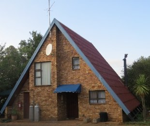 R 595,000 - 2 Bed Property For Sale in Vaal Marina