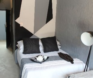 R 375,000 - 1 Bed Flat For Sale in Jeppestown