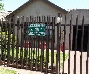 R 1,700,000 - 3 Bed Home For Sale in Robertsham