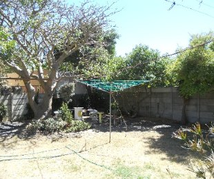 R 1,080,000 - 3 Bed House For Sale in Gordon's Bay