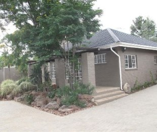 R 9,900 - 2 Bed Property To Rent in Bryanston