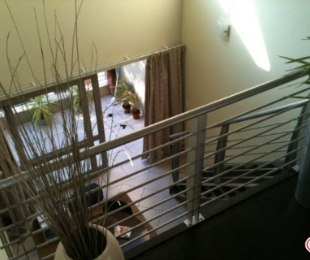 R 8,000 - 1 Bed Apartment To Rent in Bryanston