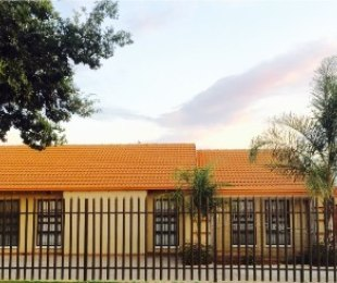 R 1,375,000 - 3 Bed Property For Sale in Lenasia South