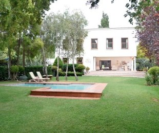 R 6,900,000 - 3 Bed Property For Sale in Melrose