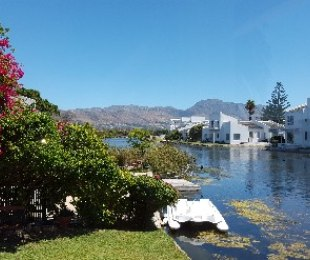 R 3,150,000 - 3 Bed House For Sale in Marina Da Gama