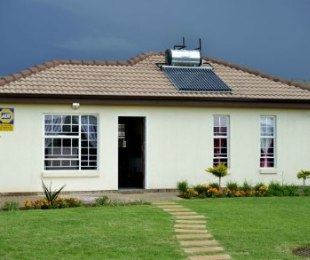 R 545,000 - 3 Bed House For Sale in Azaadville