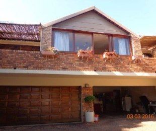 R 3,385,000 - 4 Bed Property For Sale in Waterkloof