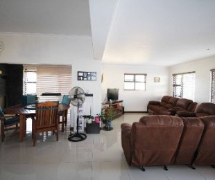 R 2,899,000 - 3 Bed House For Sale in Burgundy Estate