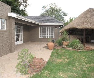R 12,500 - 2 Bed Property To Rent in Bryanston