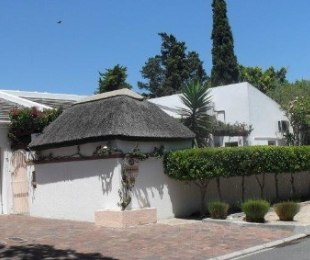 R 1,900,000 - 3 Bed House For Sale in Edgemead