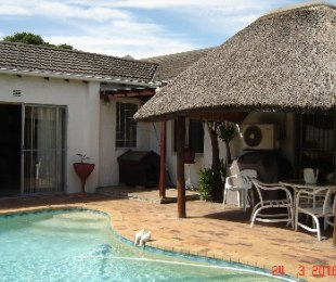 R 2,095,000 - 3 Bed House For Sale in Edgemead