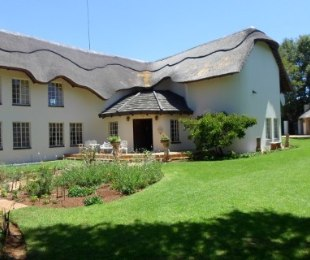 R 4,200,000 - 5 Bed House For Sale in Eldo Lakes Estate