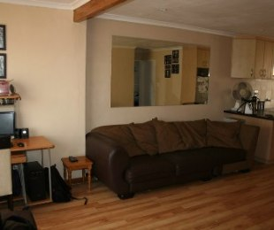 R 1,040,000 - 2 Bed House For Sale in Richwood