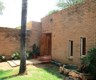 R 4,374,000 - 4 Bed Commercial Property For Sale in Zwartkop