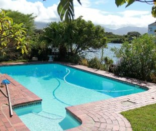 R 3,850,000 - 3 Bed House For Sale in Marina Da Gama