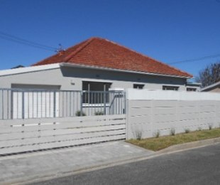 R 2,695,000 - 4 Bed House For Sale in Plumstead