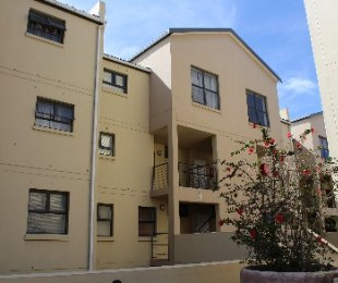 R 1,000,000 - 2 Bed Flat For Sale in Tyger Waterfront