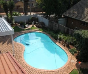 R 1,590,000 - 4 Bed House For Sale in Meyerspark