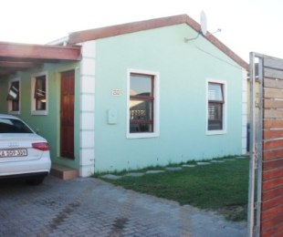 R 589,000 - 2 Bed Property For Sale in Mitchells Plain