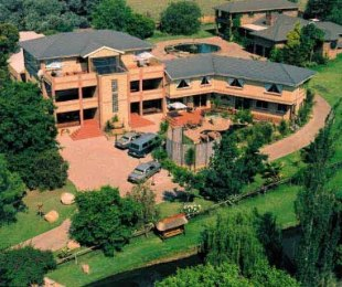 R 28,000,000 - 26 Bed Guest House For Sale in Midrand