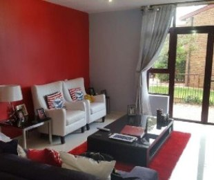 R 850,000 - 2 Bed Property For Sale in The Hill