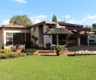 R 1,780,000 - 3 Bed House For Sale in Valhalla